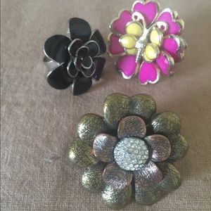 Jewelry - Flower Rings. Three